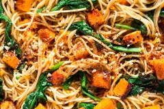 Pumpkin-spinach-walnut-spaghetti