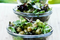 Avocado-chickpea pesto salad
