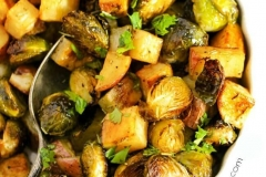 Roasted-Potatoes-and-Brussels-Sprouts-32-1